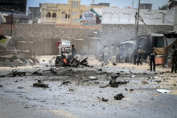 Mogadişu Havaalanı önünde patlama 5