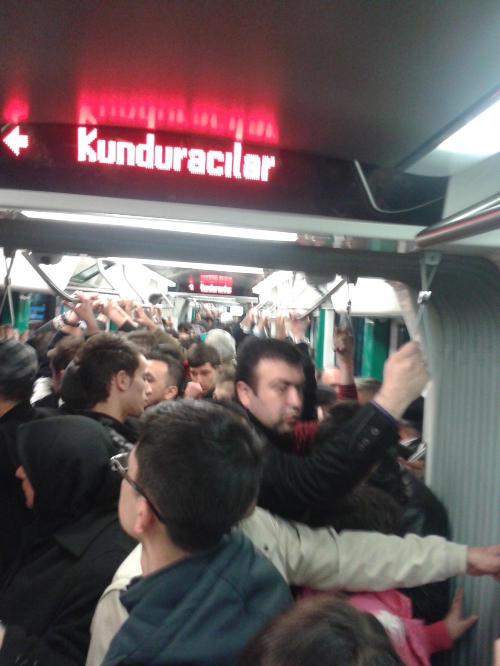 Konya'ya gelen yeni tramvay yolcu taşımaya başladı 11