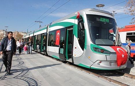 Konya'ya gelen yeni tramvay yolcu taşımaya başladı 17
