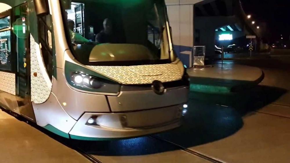 Konya'ya gelen yeni tramvay yolcu taşımaya başladı 19