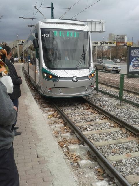 Konya'ya gelen yeni tramvay yolcu taşımaya başladı 22