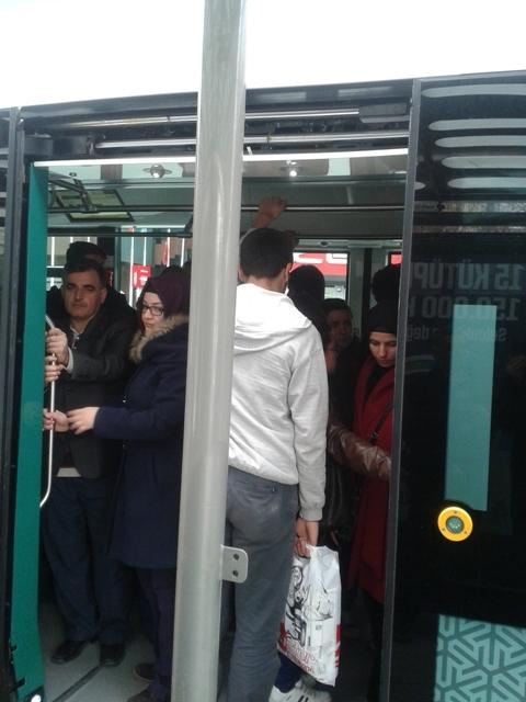 Konya'ya gelen yeni tramvay yolcu taşımaya başladı 33