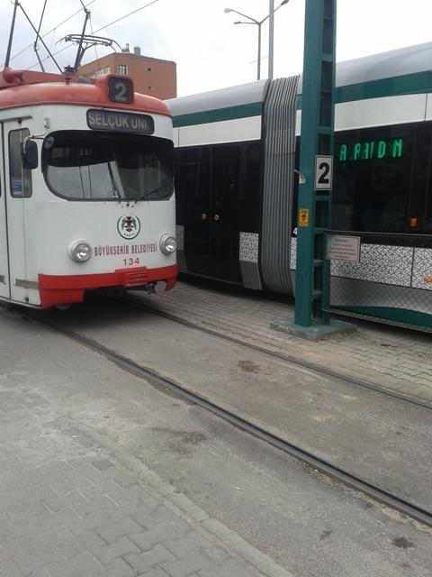 Konya'ya gelen yeni tramvay yolcu taşımaya başladı 42