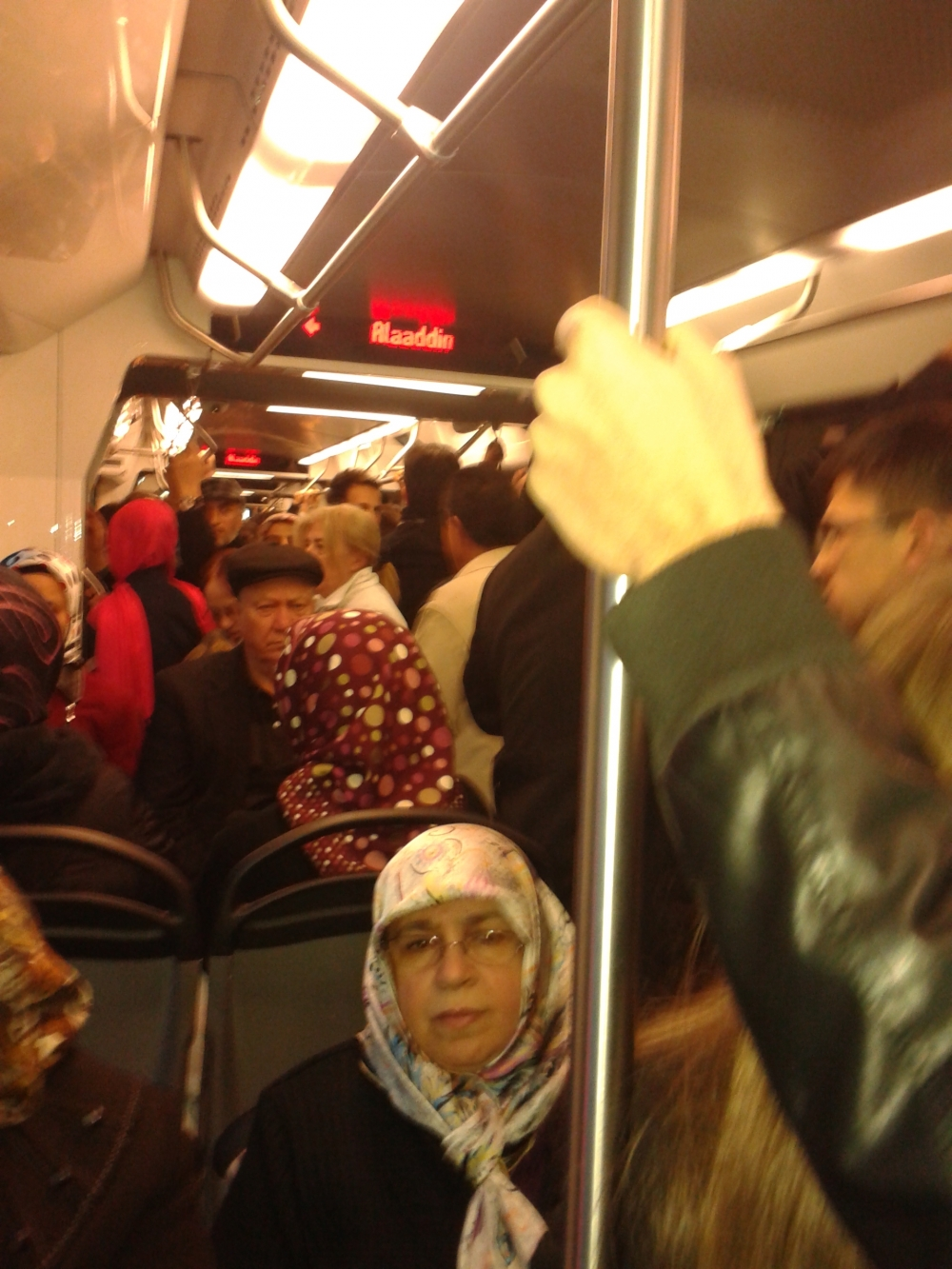 Konya'ya gelen yeni tramvay yolcu taşımaya başladı 5