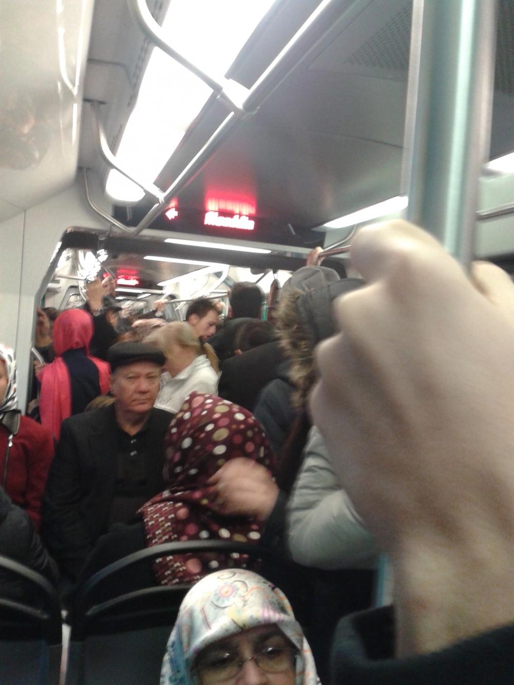 Konya'ya gelen yeni tramvay yolcu taşımaya başladı 6