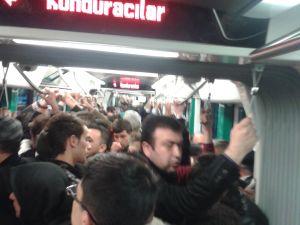 Konya'ya gelen yeni tramvay yolcu taşımaya başladı