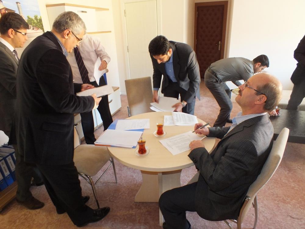 AK Parti aday listesini YSK'ya teslim edildi 2