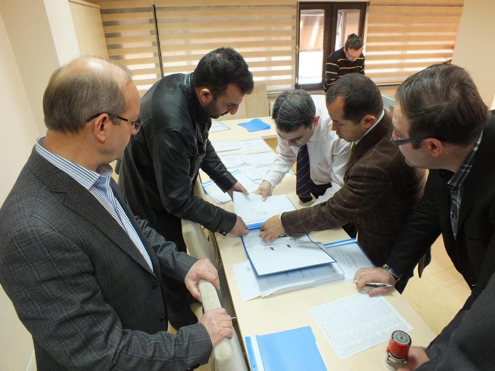 AK Parti aday listesini YSK'ya teslim edildi 6