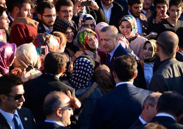 Başbakan Bilim Merkezini gezdi ve İstanbul'a gitti 1