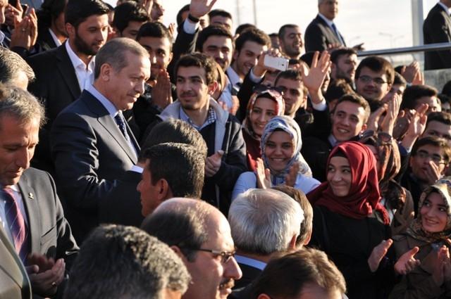 Başbakan Bilim Merkezini gezdi ve İstanbul'a gitti 10