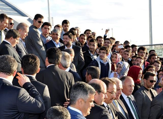 Başbakan Bilim Merkezini gezdi ve İstanbul'a gitti 14