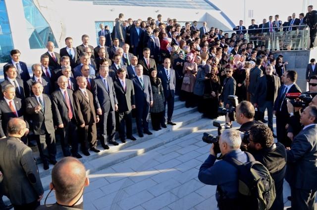 Başbakan Bilim Merkezini gezdi ve İstanbul'a gitti 3
