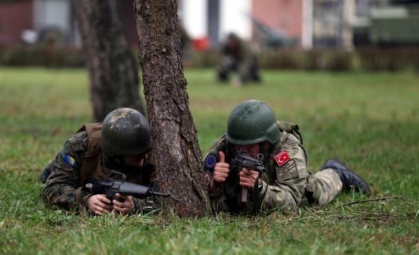 """Bosna ordusuna """"Mehmetçik""""ten eğitim 8"""