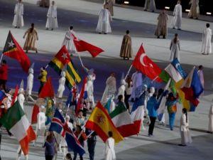 Soçi'de görkemli kapanış töreni
