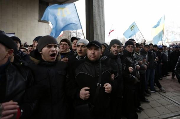Kırım'da gerginlik sürüyor 1