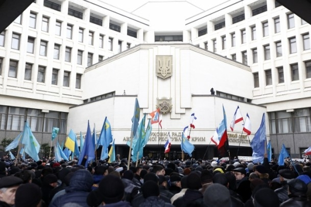 Kırım'da gerginlik sürüyor 10