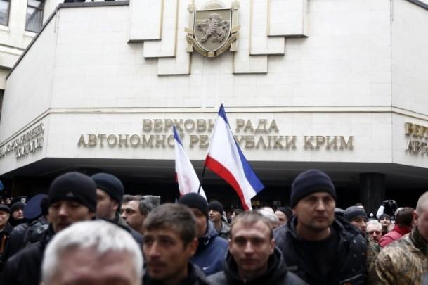 Kırım'da gerginlik sürüyor 6