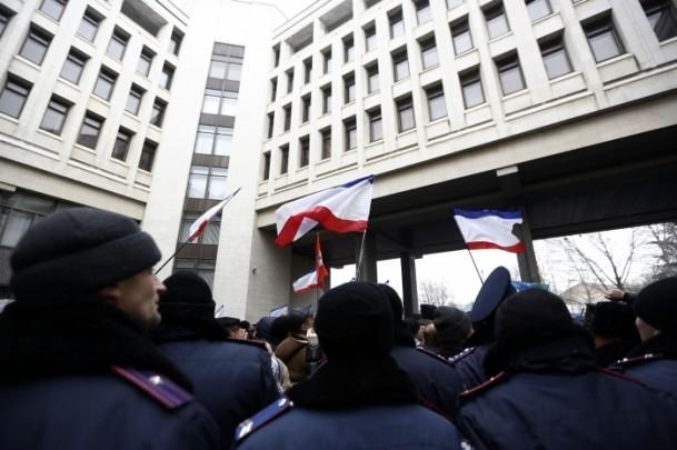 Kırım'da gerginlik sürüyor 7
