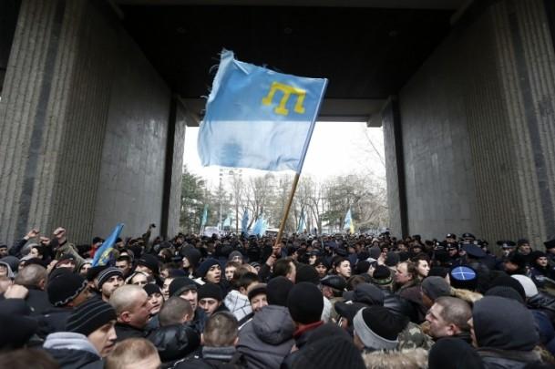 Kırım'da gerginlik sürüyor 8