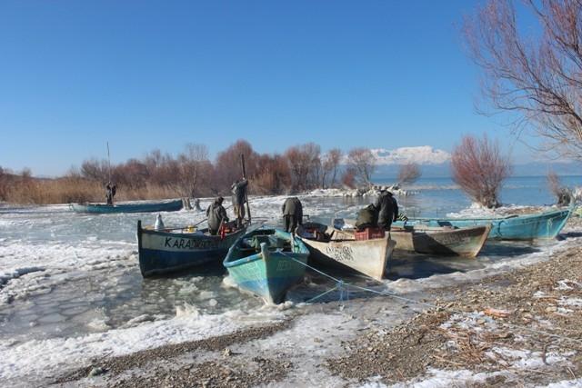 Beyşehir buz tutuyor 11