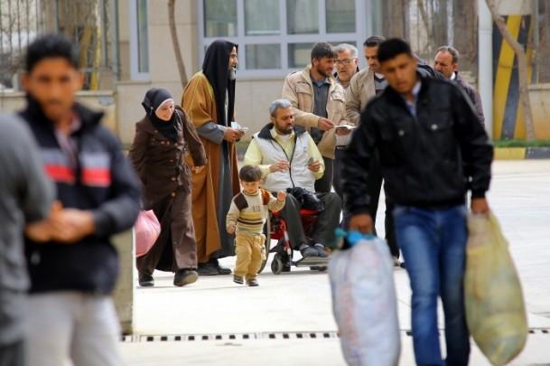 """Varil bombalarından """"hayata kaçış"""" sürüyor 5"""