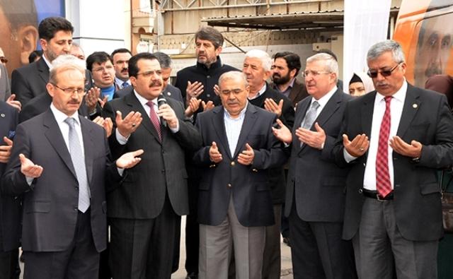 AK Parti dualar eşliğinde hedefi açıkladı: 32'de 32 1