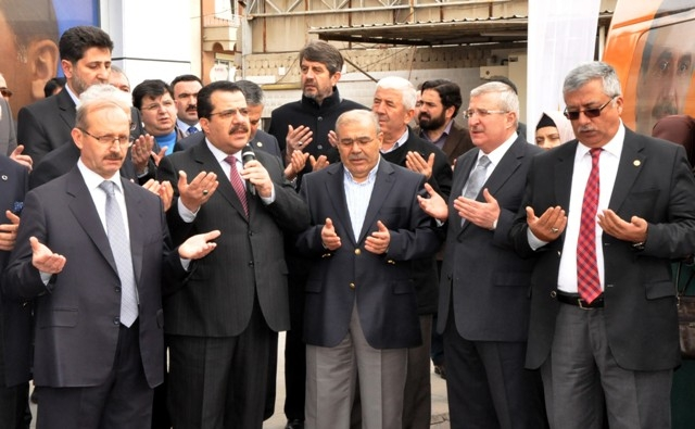 AK Parti dualar eşliğinde hedefi açıkladı: 32'de 32 16