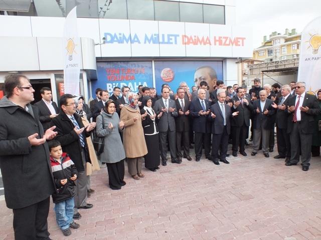 AK Parti dualar eşliğinde hedefi açıkladı: 32'de 32 9