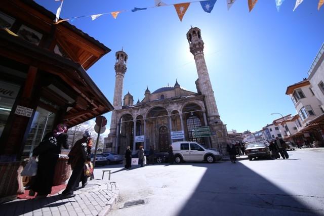 """Konya'nın barok camisi """"Aziziye"""" ibadete açıldı 13"""