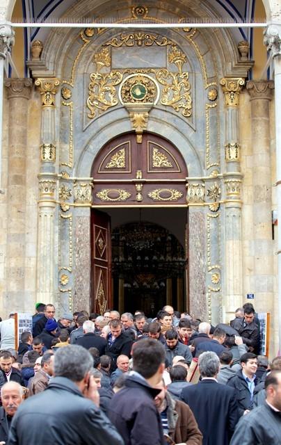 """Konya'nın barok camisi """"Aziziye"""" ibadete açıldı 26"""