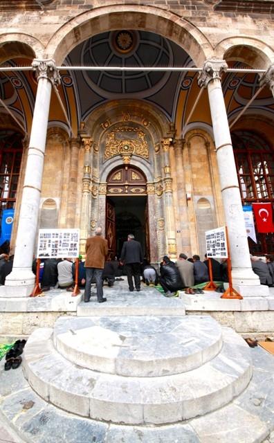 """Konya'nın barok camisi """"Aziziye"""" ibadete açıldı 33"""