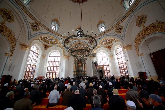 """Konya'nın barok camisi """"Aziziye"""" ibadete açıldı 35"""
