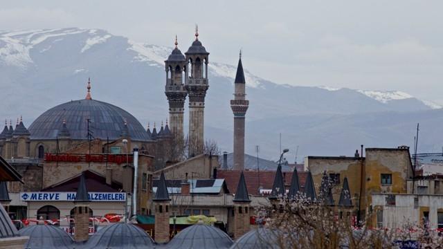 """Konya'nın barok camisi """"Aziziye"""" ibadete açıldı 36"""