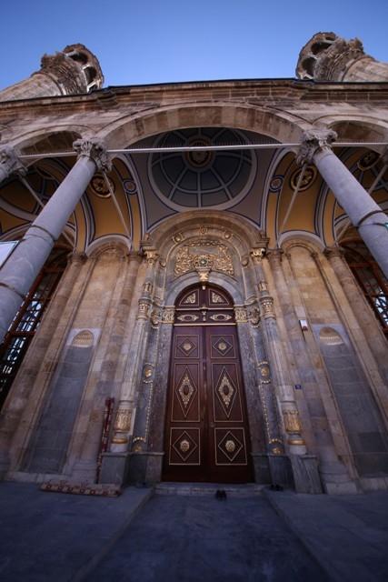 """Konya'nın barok camisi """"Aziziye"""" ibadete açıldı 5"""
