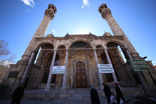 """Konya'nın barok camisi """"Aziziye"""" ibadete açıldı 7"""