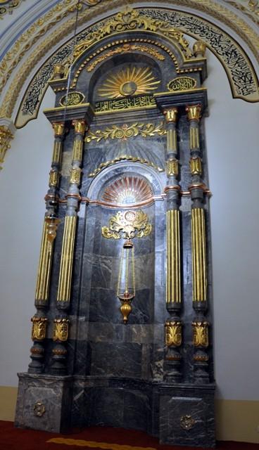 """Konya'nın barok camisi """"Aziziye"""" ibadete açıldı 8"""