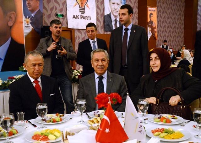 Başbakan Yardımcısı Arınç, Konya'da 6