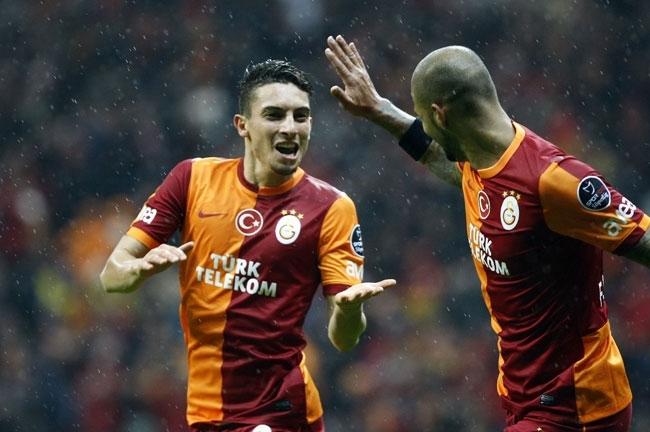 Galatasaray 6 - Akhisar Belediyespor 1 11