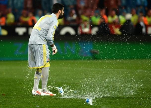 Trabzonspor - Fenerbahçe maçı tatil edildi 53