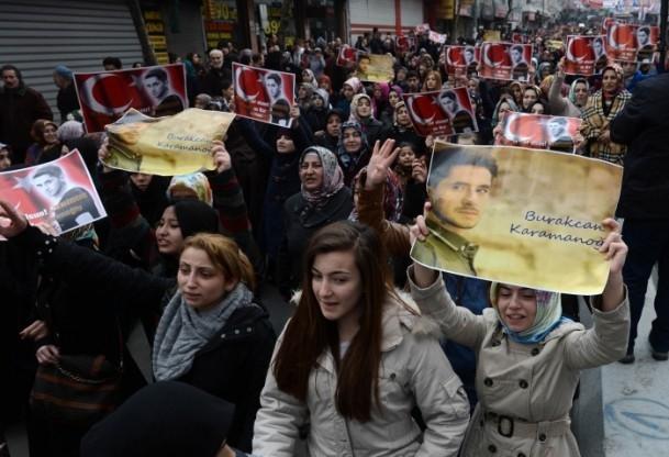 Burak Can Karamanoğlu gözyaşlarıyla uğurlandı 16