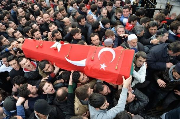 Burak Can Karamanoğlu gözyaşlarıyla uğurlandı 17