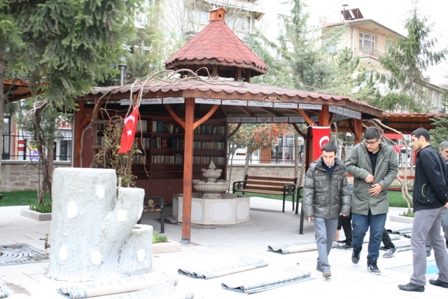 Tahir Paşa (Dursun Fakih) Camii İbadete Açıldı 11
