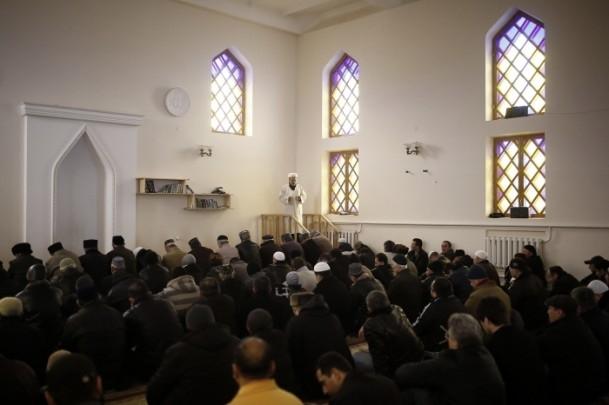 Kırım Tatarları'na sürgünü hatırlatan referandum 13