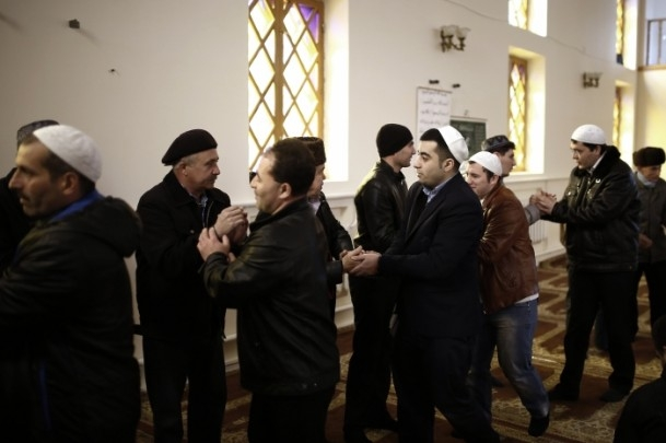 Kırım Tatarları'na sürgünü hatırlatan referandum 14