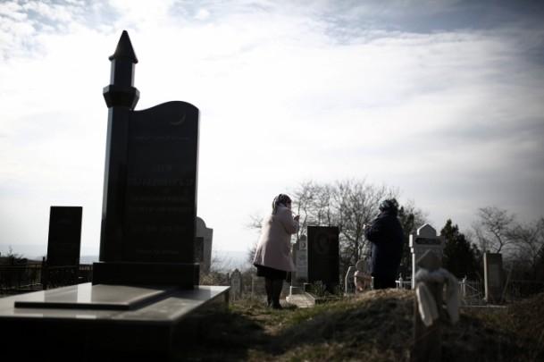 Kırım Tatarları'na sürgünü hatırlatan referandum 2