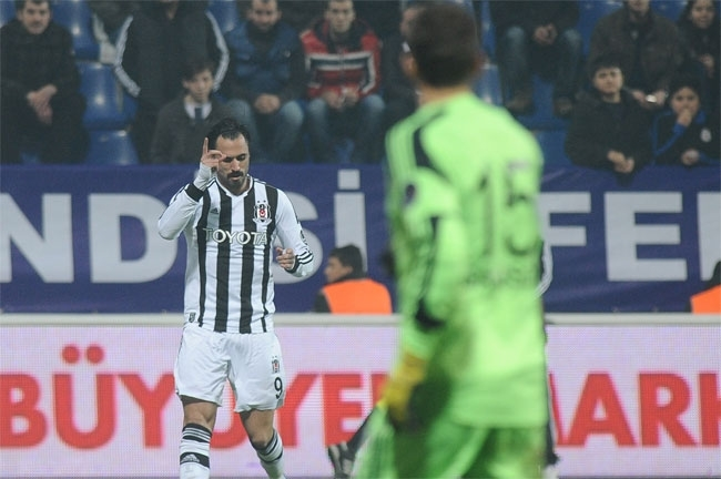 Kasımpaşa, Beşiktaş'ı 2-1 mağlup etti 2