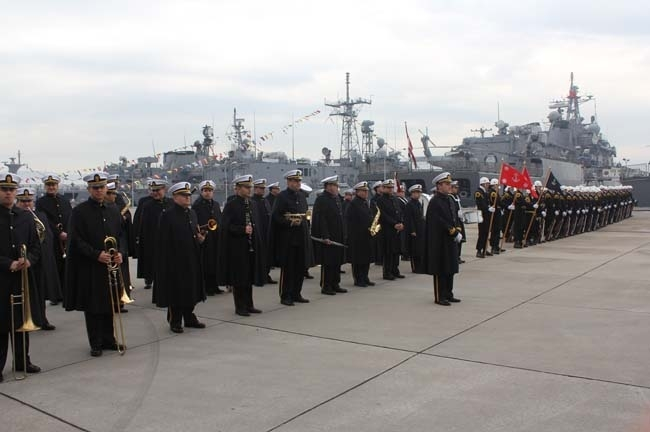 Barbaros Türk Deniz Görev Grubu yola çıktı 15