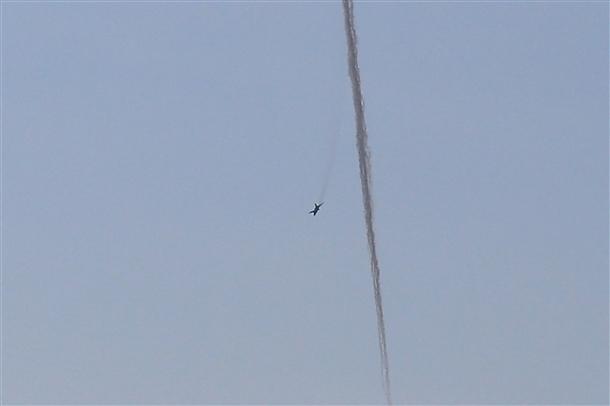 Suriye uçağının vurulma anı 2