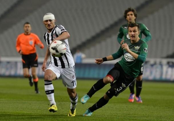Beşiktaş 3 - 0 Akhisar Belediyespor 19