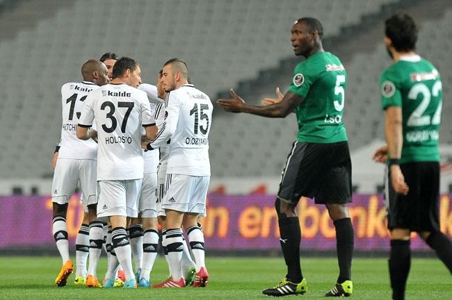 Beşiktaş 3 - 0 Akhisar Belediyespor 9